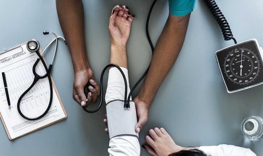 Измерение артериального давленияg