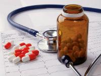 Фонендоскоп и медикаменты