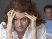 женщина страдает от ВСД