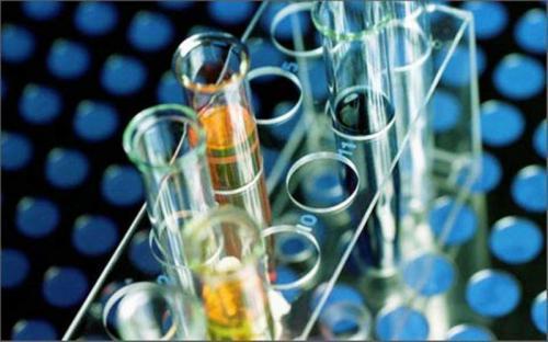Лабораторные пробирки с реагентами