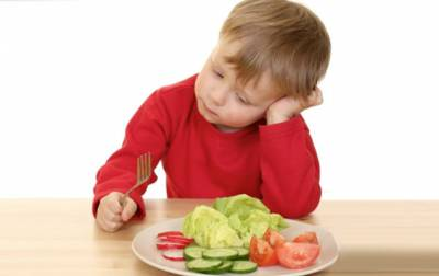 Ребенок не хочет кушать овощи