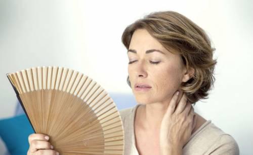 Приливы жара у женщины