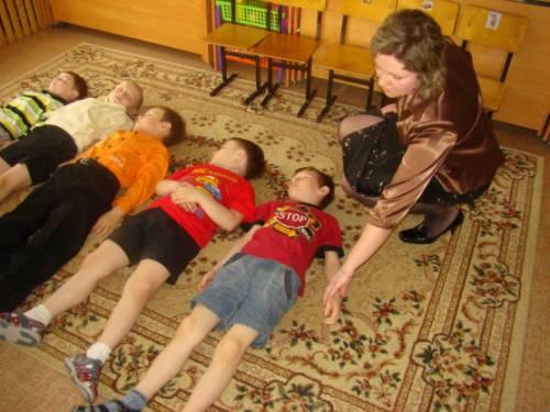 Зарядка в детском саду